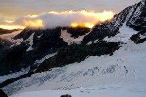 Piz Roseg Nordostwand mit Bergführer